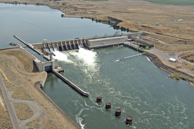 The Ice Harbor Dam on the lower Snake River is one of the four dams salmon advocates would like breached and dam avocates want to save.