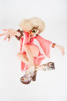 The bio drag queen Cherdonna Shinatra questions her worth, but never her wigs.