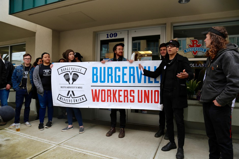 On Monday, March 26, 2018, Burgerville employees delivered an ultimatum to the company's Vanocuver headquarters demanding that they formally recognize the Burgerville Workers Union.
