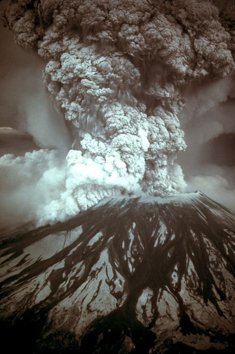 Mount St. Helens erupting on May 18, 1980.