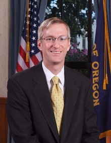 Oregon Treasurer Ted Wheeler