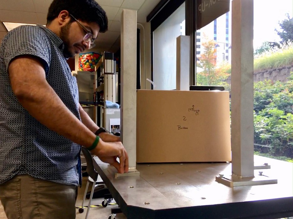 BillerudKorsnäs designers use a shaking machine to test the protective power of the paper packaging they create.