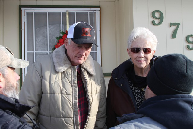 Dwight Hammond Jr., with his wife and supporters, outside his home in Burns, Oregon, on Jan. 2, 2016.