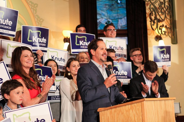 Oregon state Rep. Knute Buehler speaks to supporters after winning the Republican primary to challenge Kate Brown for the governor'sseat.