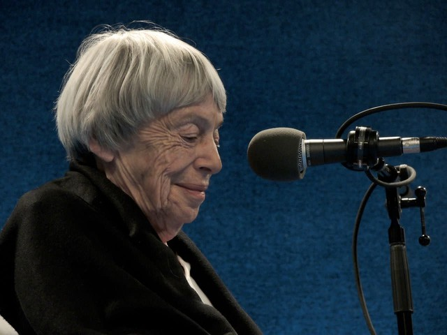 """Ursula Le Guin at a """"Think Out Loud"""" live show in 2013 focused on the staging of """"The Left Hand of Darkness"""" by Portland Playhouse and Hand2Mouth Theatre."""