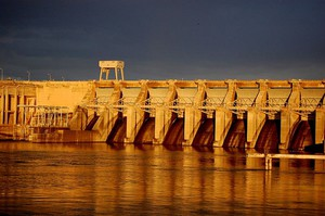 Ice Harbor Dam, one of four such structures on the Lower Snake River in southeastern Washington.