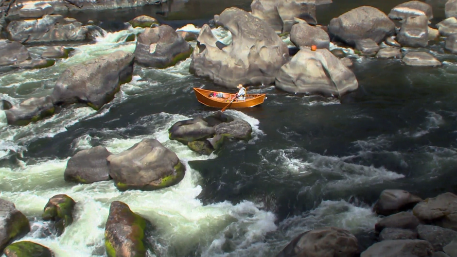 Greg Hatten positions his boat at the top of Blossom Bar rapid.