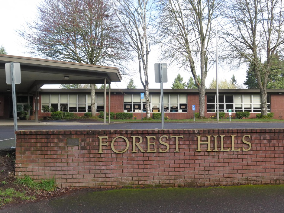 The first presumed case of coronavirus in Oregon was diagnosed in an employee at Forest Hills Elementary in Lake Oswego.