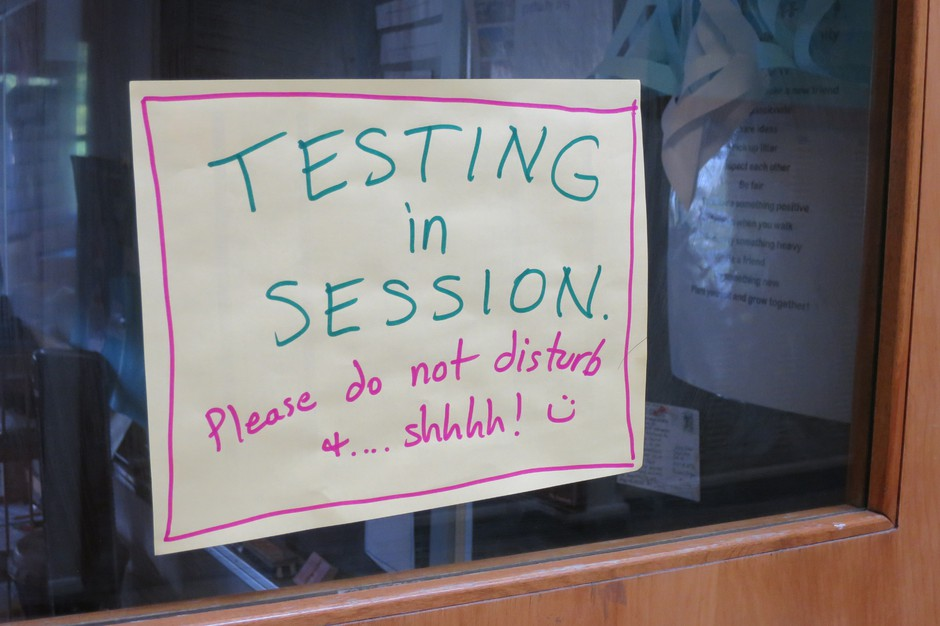 Oregon's standardized testing scores in 2017 continued to fall below expectations. Less than 50 percent of students who took the tests passed the math portion, with 53 percent passing the reading exam.