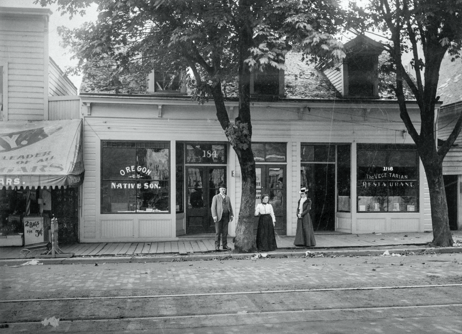 Portland's first vegetarian restaurant ca. 1898.